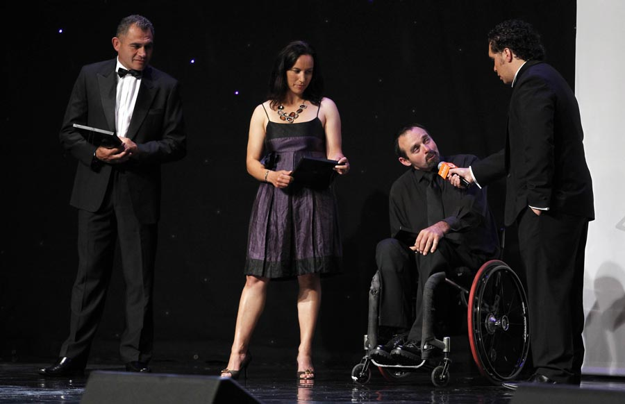 2004 winner Peter Martin onstage with (L_R) former winners Eric Rush and Farah Palmer. Trillian Trust 20th Maori Sports Awards, Telstra Clear Events Centre, Manukau, Auckland, Saturday 4 December 2010. Photo: Simon Watts/photosport.co.nz
