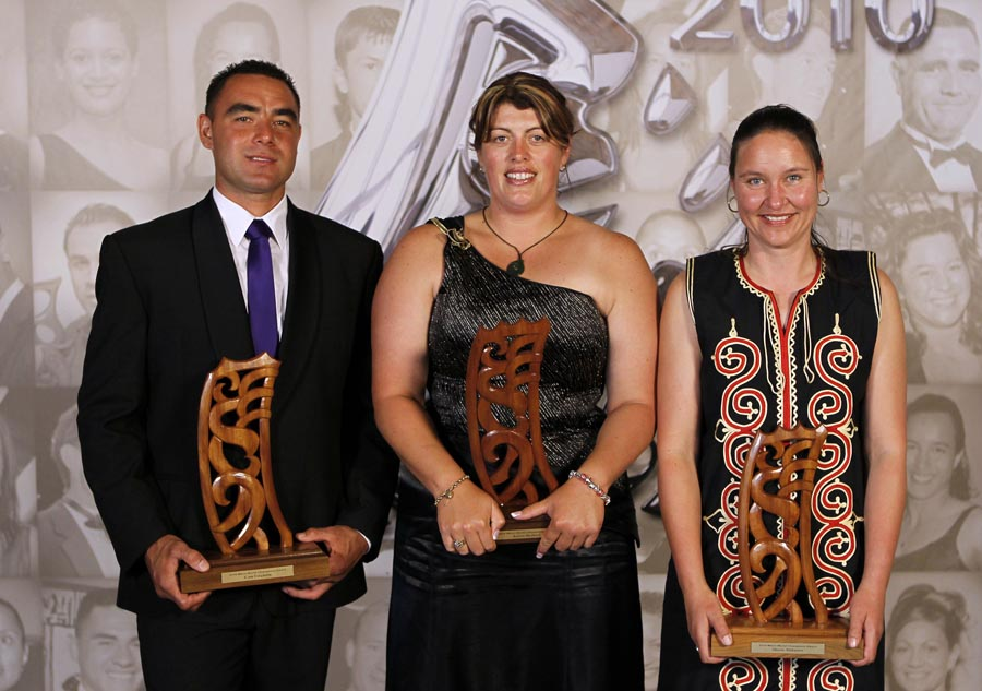 World champions, Cam Fersuson (Shearing) Keryn Herbert and Sheree Alabaster (wool handling). Trillian Trust 20th Maori Sports Awards, Telstra Clear Events Centre, Manukau, Auckland, Saturday 4 December 2010. Photo: Simon Watts/photosport.co.nz