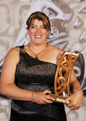 Keryn Herbert, world champion wool handler. Trillian Trust 20th Maori Sports Awards, Telstra Clear Events Centre, Manukau, Auckland, Saturday 4 December 2010. Photo: Simon Watts/photosport.co.nz