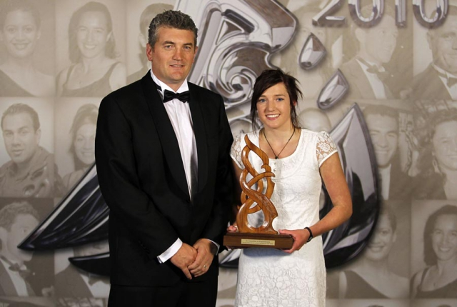 Junior Maori Sportswoman Dayna Maree Turnbull, presented by NZCT's Heath Mills. Trillian Trust 20th Maori Sports Awards, Telstra Clear Events Centre, Manukau, Auckland, Saturday 4 December 2010. Photo: Simon Watts/photosport.co.nz