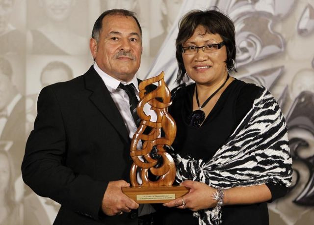 Sportsman of the Year Hosea Gear (rugby union), recieved on his behalf by Parents Ricky and Ani Gear. Trillian Trust 20th Maori Sports Awards, Telstra Clear Events Centre, Manukau, Auckland, Saturday 4 December 2010. Photo: Simon Watts/photosport.co.nz