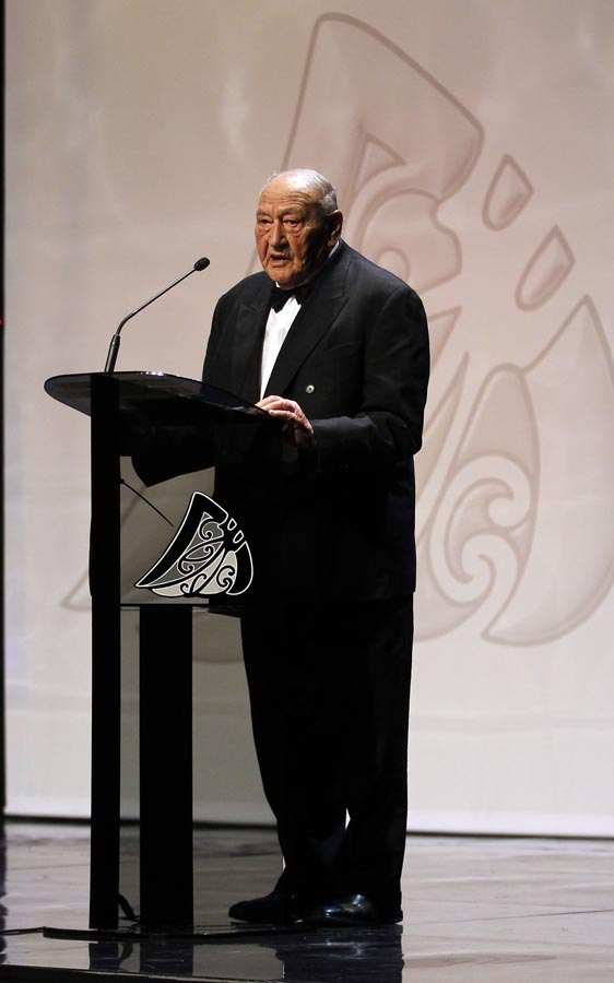 Te Tohu Taakaro o Aotearoa Charitable Trust Kaumatua Henare Pryor. Trillian Trust 20th Maori Sports Awards, Telstra Clear Events Centre, Manukau, Auckland, Saturday 4 December 2010. Photo: Simon Watts/photosport.co.nz