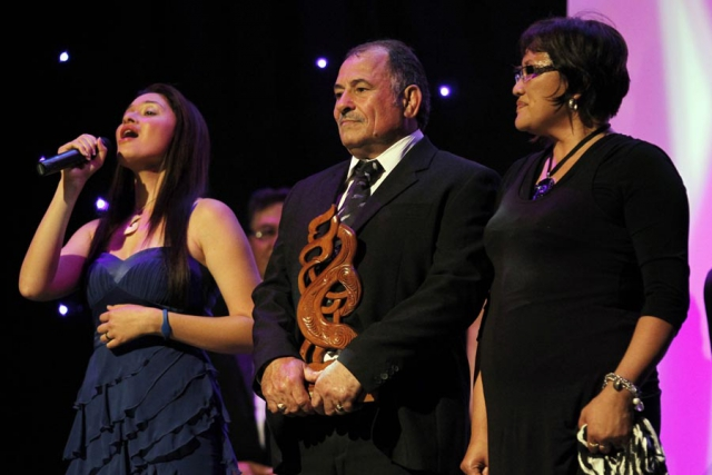 Maisey Rika sings. Supreme Award winner Hosea Gear (rugby union), recieved on his behalf by Parents Ricky and Ani Gear. Trillian Trust 20th Maori Sports Awards, Telstra Clear Events Centre, Manukau, Auckland, Saturday 4 December 2010. Photo: Simon Watts/photosport.co.nz