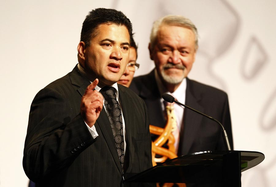 Maori Sports Media Award winner Sharon Hawke. Trillian Trust Maori Sports Awards, Manukau Events Centre, Auckland. Saturday 5 December 2009. Photo: Simon Watts/PHOTOSPORT