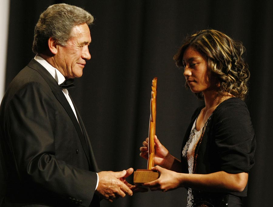 Winston Peters presents Sportswoman of the Year to Renee Wickliffe (rugby touch sevens). Trillian Trust Maori Sports Awards, Manukau Events Centre, Auckland. Saturday 5 December 2009. Photo: Simon Watts/PHOTOSPORT