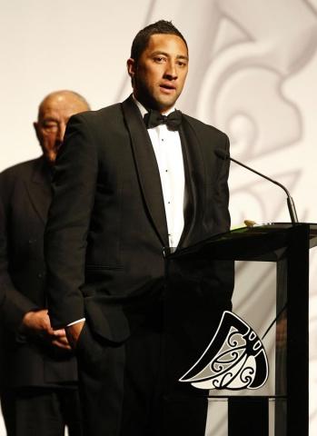 Albie Pryor Memorial Maori Sports Person of the Year Award winner Benji Marshall (rugby league). Trillian Trust Maori Sports Awards, Manukau Events Centre, Auckland. Saturday 5 December 2009. Photo: Simon Watts/PHOTOSPORT