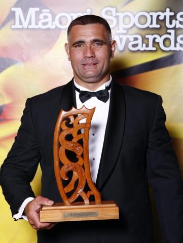 Wood Chopping World Champion Jason Wynyard. Trillian Trust Maori Sports Awards, Manukau Events Centre, Auckland. Saturday 5 December 2009. Photo: Simon Watts/PHOTOSPORT