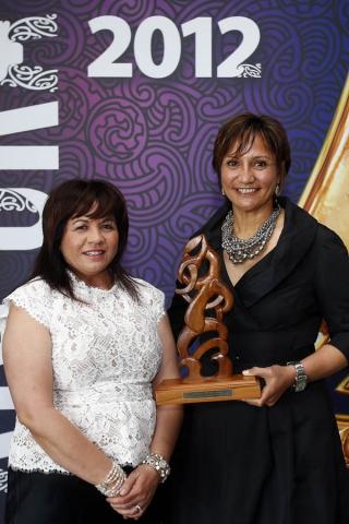 Waimanama Taumaunu is awrded the Maori Sports Coach award. Maori Sports Awards, Telstra Pacific Events Centre Manukau, Saturday 24th November 2012. Photo: Shane Wenzlick / Photosport.co.nz