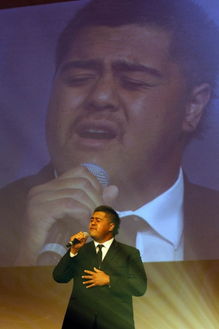 Hukanui Brown entertains. Maori Sports Awards, Telstra Pacific Events Centre Manukau, Saturday 24th November 2012. Photo: Shane Wenzlick / Photosport.co.nz