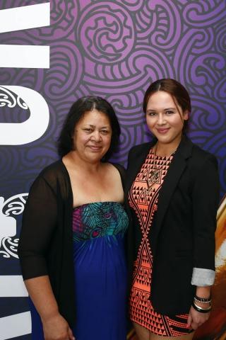 Latesha Sharp receives an MIT Scholarship. Maori Sports Awards, Telstra Pacific Events Centre Manukau, Saturday 24th November 2012. Photo: Shane Wenzlick / Photosport.co.nz