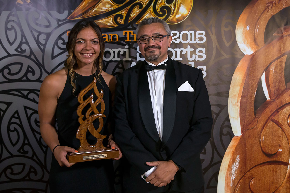 Stacey Waaka, (Ngai Tahoe), Rugby Sevens receives the Junior Maori Sportswoman Award from Jim Mather from TWOA at the Trillian Trust Maori Sports Awards, Turangawaewae Marae, River Road, Ngaruawahia, Saturday, November 28, 2015. Copyright photo: David Rowland / www.photosport.nz