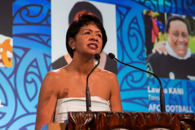 Agnes Naera from AUT presents the Maori Sports Administrator Award at the Trillian Trust Maori Sports Awards, Turangawaewae Marae, River Road, Ngaruawahia, Saturday, November 28, 2015. Copyright photo: David Rowland / www.photosport.nz