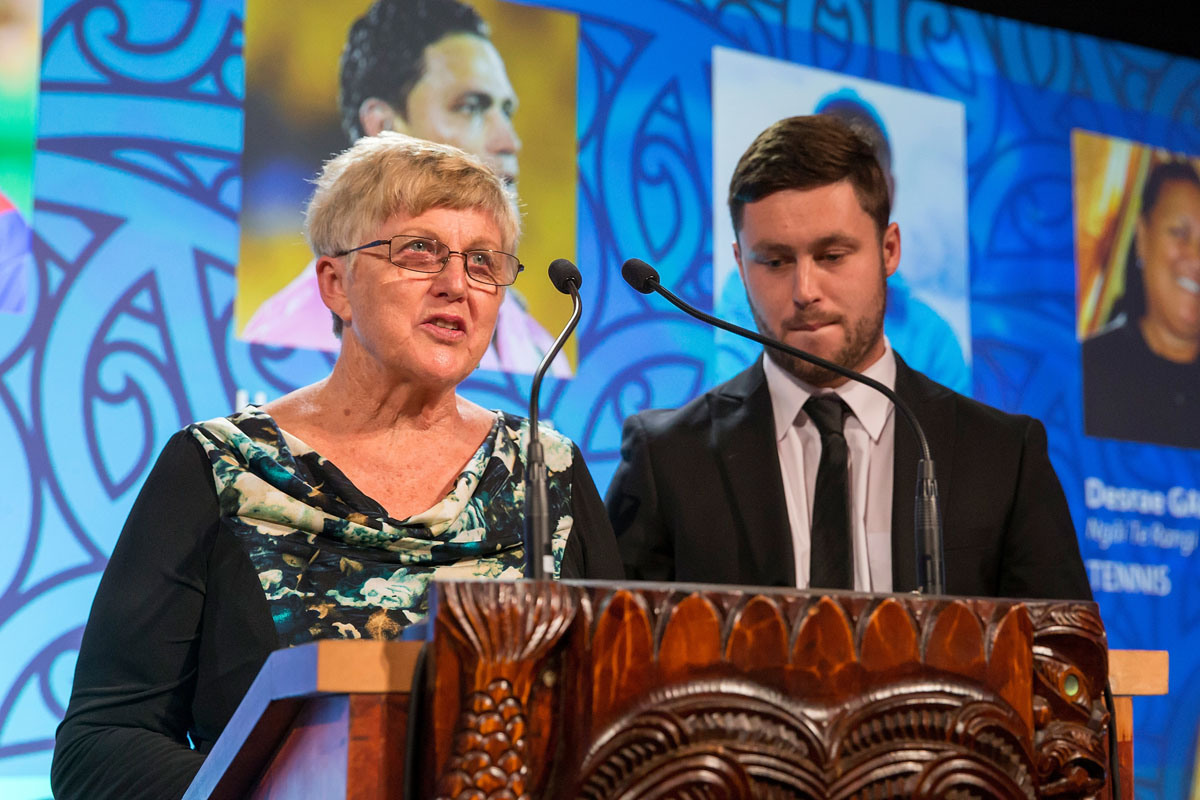 Noeline and Mark Walsh from Four Winds present the Maori Umpire/Referee Award at the Trillian Trust Maori Sports Awards, Turangawaewae Marae, River Road, Ngaruawahia, Saturday, November 28, 2015. Copyright photo: David Rowland / www.photosport.nz