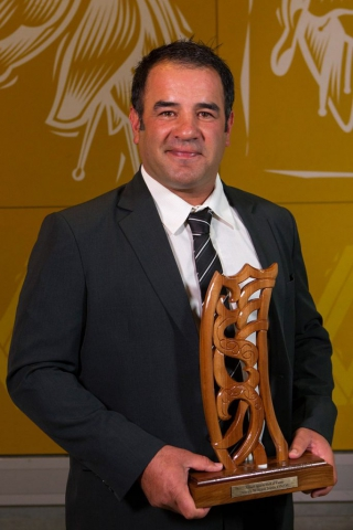 Stacey Jones is inducted into the Maori Sports Hall of Fame at the Maori Sports Awards 2014, Vodafone Events Centre, Manukau, Auckland, New Zealand, Saturday, November 29, 2014. Photo: David Rowland/Photosport