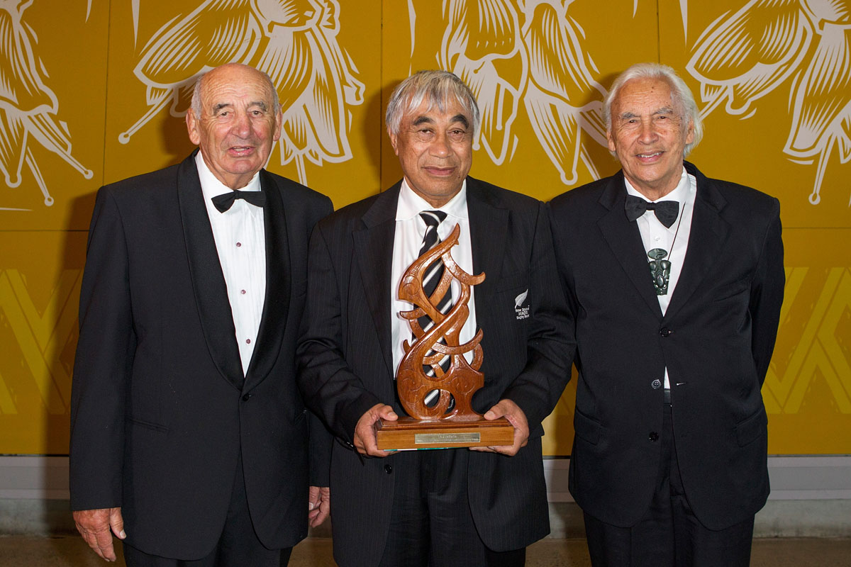 Maori Umpire/Referee was awarded to Rugby`s Glen Warrick Jackson (C) by Ray Reardon and Fred Graham at the Maori Sports Awards 2014, Vodafone Events Centre, Manukau, Auckland, New Zealand, Saturday, November 29, 2014. Photo: David Rowland/Photosport