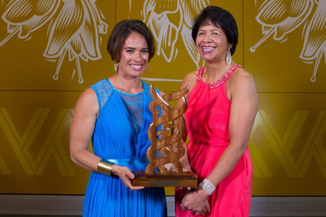 Maori Sports Media was awarded to Te Kaea Sports Reporter Rewa Harriman by Agnes Naera at the Maori Sports Awards 2014, Vodafone Events Centre, Manukau, Auckland, New Zealand, Saturday, November 29, 2014. Photo: David Rowland/Photosport