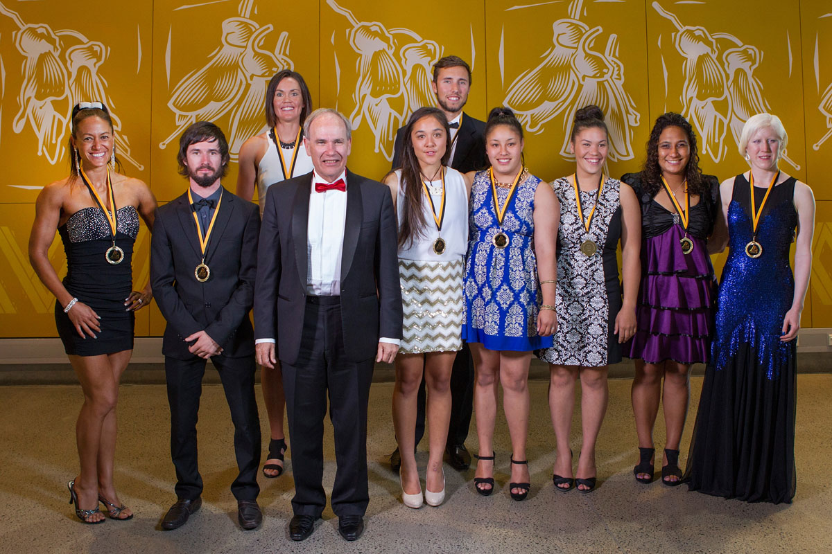 Mayor Len Brown (4th L) with the Auckland Council Maori in World Champions Award Winners Teneka Hyndman, (L), Caleb Shepherd, Fiona Bourke, Taylor Taute-Hohepa, Finn Howard, Toni White-Waerea, Kayla Pene, Dale Thomas and Emma Foy at the Maori Sports Awards 2014, Vodafone Events Centre, Manukau, Auckland, New Zealand, Saturday, November 29, 2014. Photo: David Rowland/Photosport