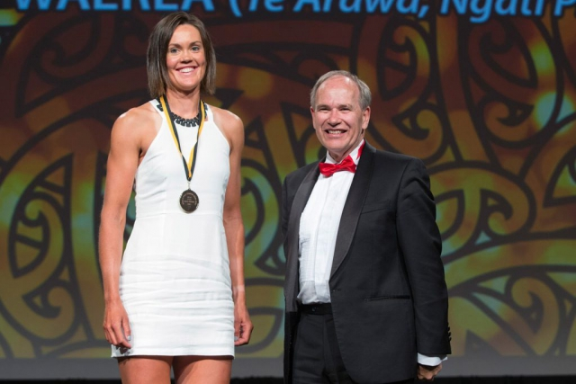 Auckland Mayor Len Brown presents the Auckland Council Maori in World Champions Award to rowing`s Fiona Bourke (L) at the Maori Sports Awards 2014, Vodafone Events Centre, Manukau, Auckland, New Zealand, Saturday, November 29, 2014. Photo: David Rowland/Photosport