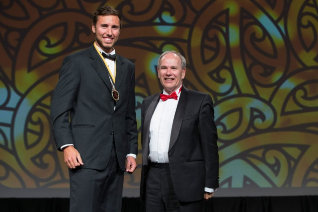Auckland Mayor Len Brown presents the Auckland Council Maori in World Champions Award to rowing`s Finn Howard (L) at the Maori Sports Awards 2014, Vodafone Events Centre, Manukau, Auckland, New Zealand, Saturday, November 29, 2014. Photo: David Rowland/Photosport