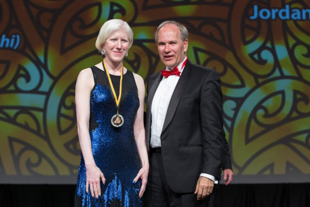 Auckland Mayor Len Brown presents the Auckland Council Maori in World Champions Award to para-cyclist Emma Foy (L) at the Maori Sports Awards 2014, Vodafone Events Centre, Manukau, Auckland, New Zealand, Saturday, November 29, 2014. Photo: David Rowland/Photosport
