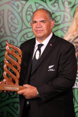 2013  Luke Crawford accepts the award for Maori Sports Team of the year awarded to the Maori All Blacks at the Trillian Trust Maori Sports Awards at Vodafone Events Centre, Manukau. Photo: Fiona Goodall/photosport.co.nz
