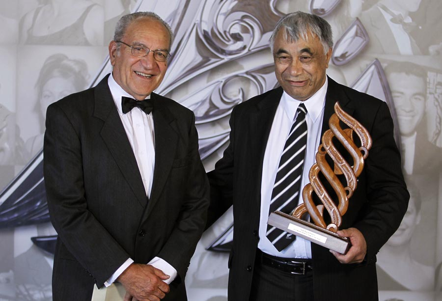 Maori Sports Team of the Year The Maori All Blacks presented by Te Tohu Taakaro o Aotearoa Trust Chairma Pine Harrison. Trillian Trust 20th Maori Sports Awards, Telstra Clear Events Centre, Manukau, Auckland, Saturday 4 December 2010. Photo: Simon Watts/photosport.co.nz
