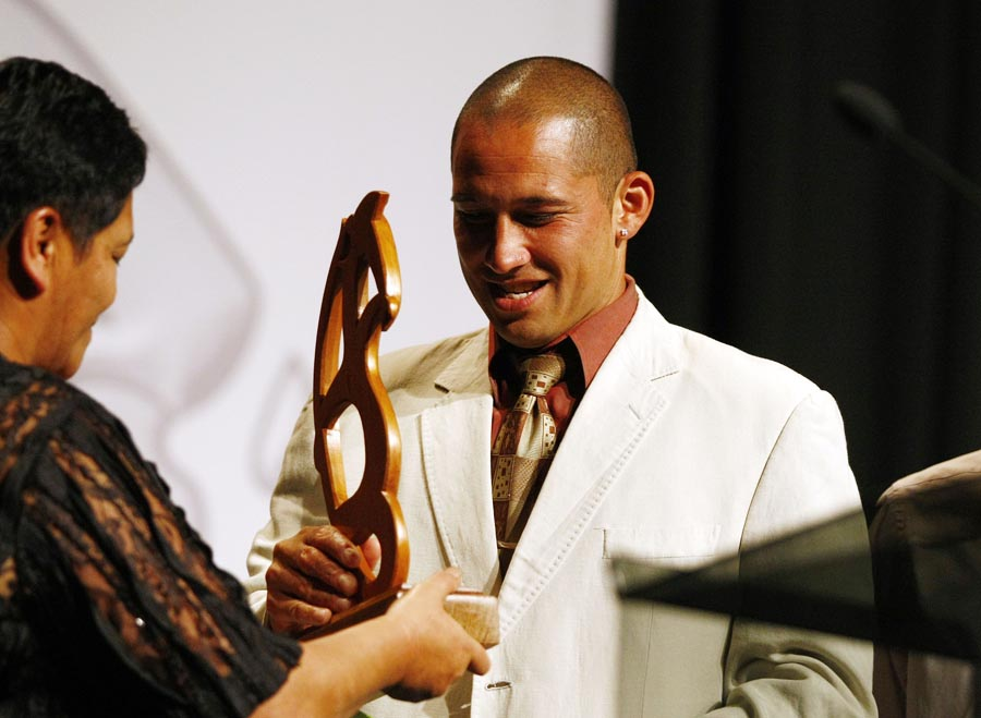 Maori Sports Admisistrator Award winner Philip Parker (football). Trillian Trust Maori Sports Awards, Manukau Events Centre, Auckland. Saturday 5 December 2009. Photo: Simon Watts/PHOTOSPORT