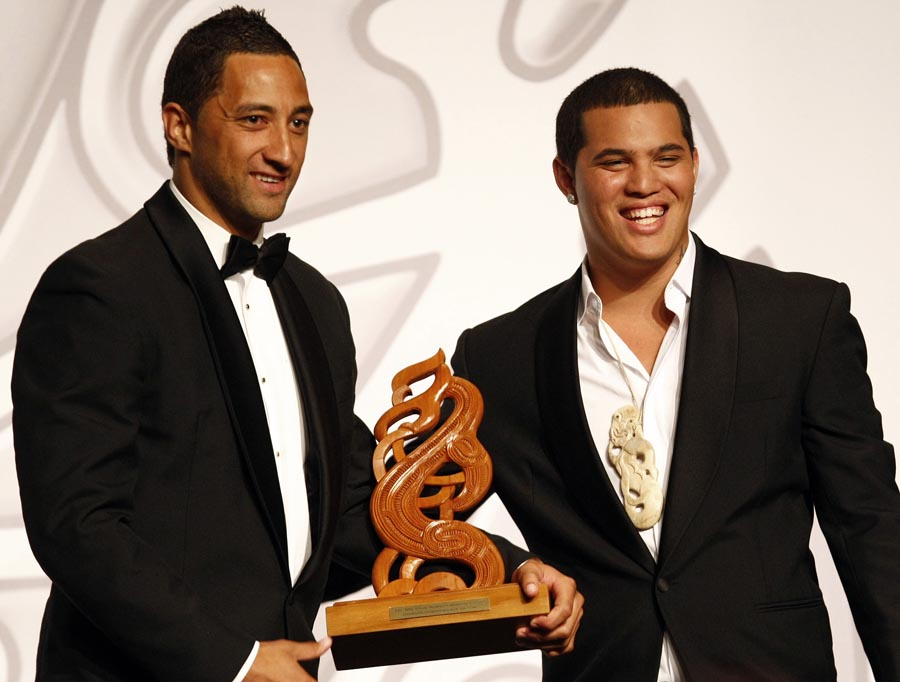 Albie Pryor Memorial Maori Sports Person of the Year Award winner Benji Marshall (rugby league) with Australian Idol winner Stan Walker. Trillian Trust Maori Sports Awards, Manukau Events Centre, Auckland. Saturday 5 December 2009. Photo: Simon Watts/PHOTOSPORT