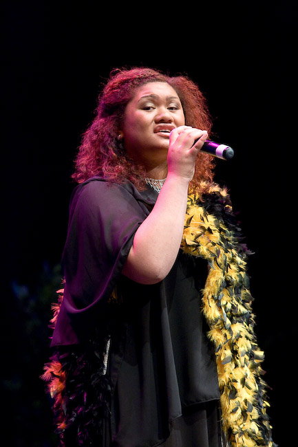 Pikiteora Mura-Hita singing a tribute to John Hoani MacDonald