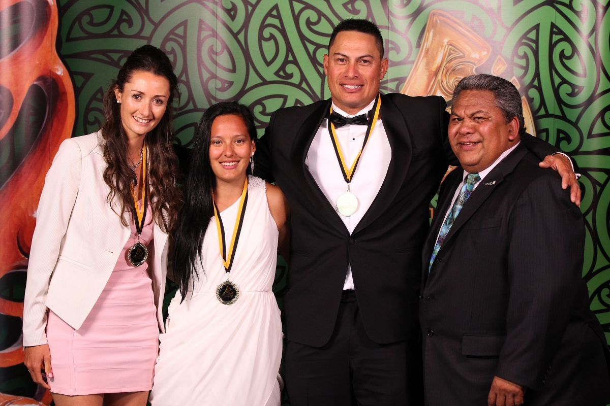 2013 Maori in World Champion Teams from left Nancy Te Whata for NZ Mounted Games, Tyla Nathan-Wong for NZ Women's Sevens, Brad Rona for NZ Softball and presenter Alf Filipaina, Auckland Councillor at the Trillian Trust Maori Sports Awards at Vodafone Events Centre, Manukau. Photo: Fiona Goodall/photosport.co.nz