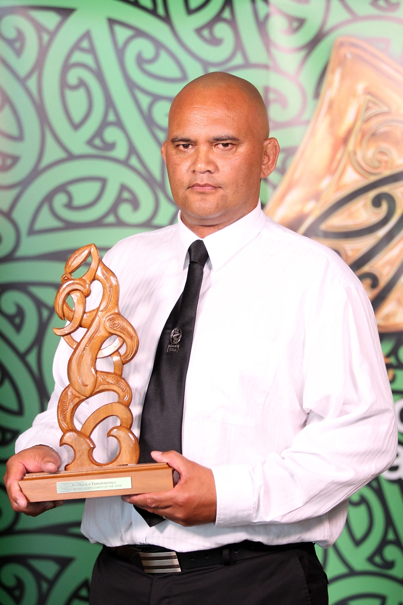 2013  Moari Sports Coach of the Year awarded to Sean Horan for sevens. Accepted by Tiki Edwards from the NZRU at the Trillian Trust Maori Sports Awards at Vodafone Events Centre, Manukau. Photo: Fiona Goodall/photosport.co.nz